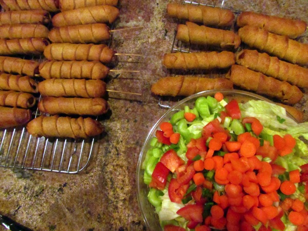 Corn dogs and salad2